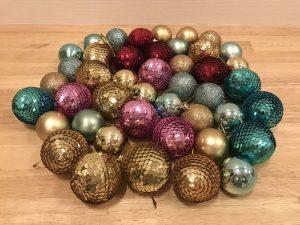 100均のキラキラオーナメント christmas-ornament3