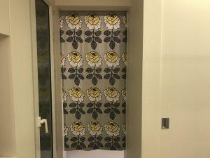 クローゼットの目隠しのマリメッコ・マーライスルース fabric6