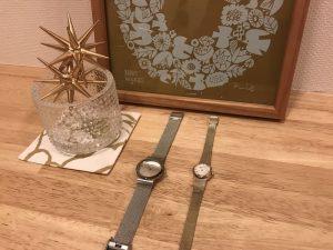 シルバーとゴールドの腕時計 skagen5