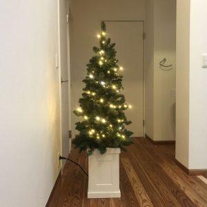 LEDを付けたクリスマスツリー fairy-tale-christmas-tree4