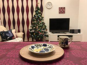 アラビア・カラーパラティッシ21cmプレートとクリスマスツリー iittala-serving-platter8