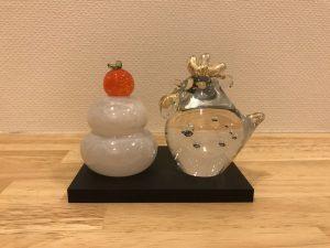 kagami-mochi-of-glass4